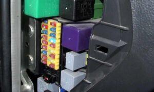 Предохранители Chevrolet Aveo T200, T250, T300