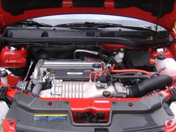 2013-Chevrolet-Cobalt-SS-Engine