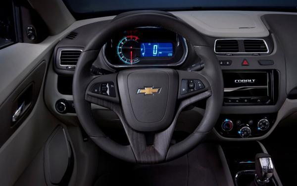 2013-Chevrolet-Cobalt-SS-Re