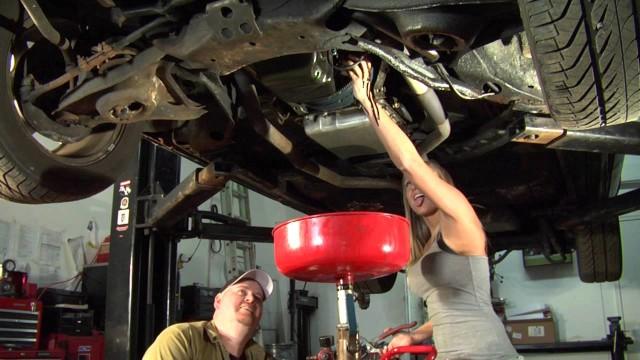 Промывка двигателя перед заменой масла, Нужно ли промывать двигатель?