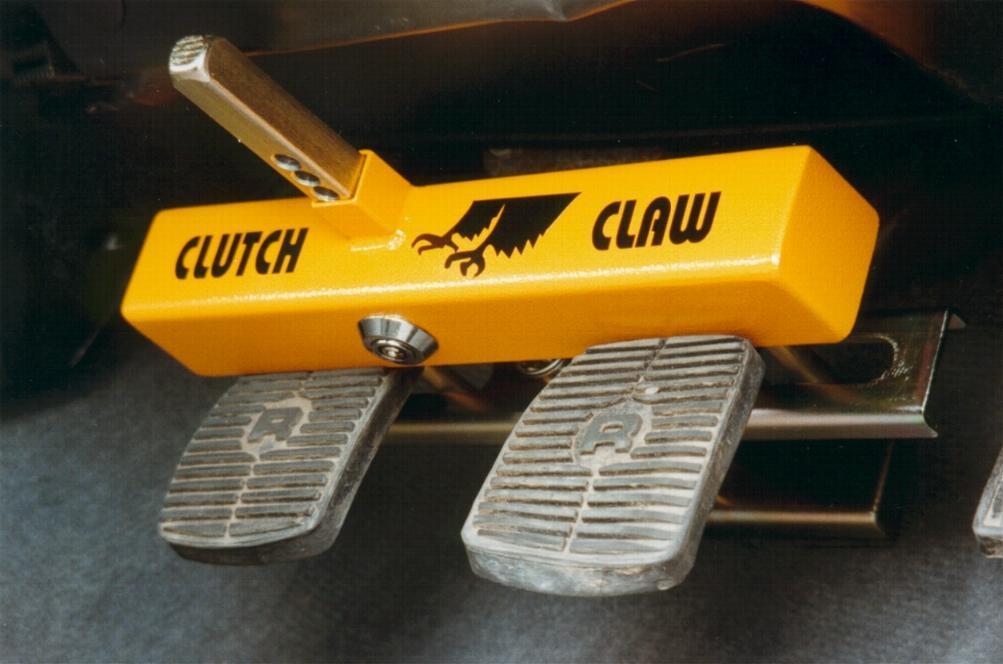 Механический блокиратор педалей