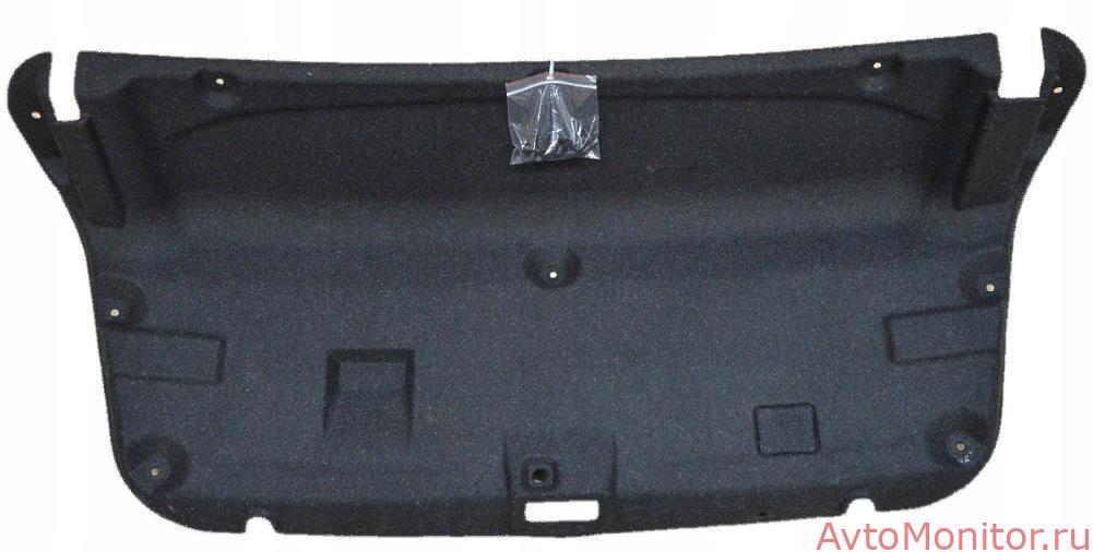 Снятая обшивка багажника