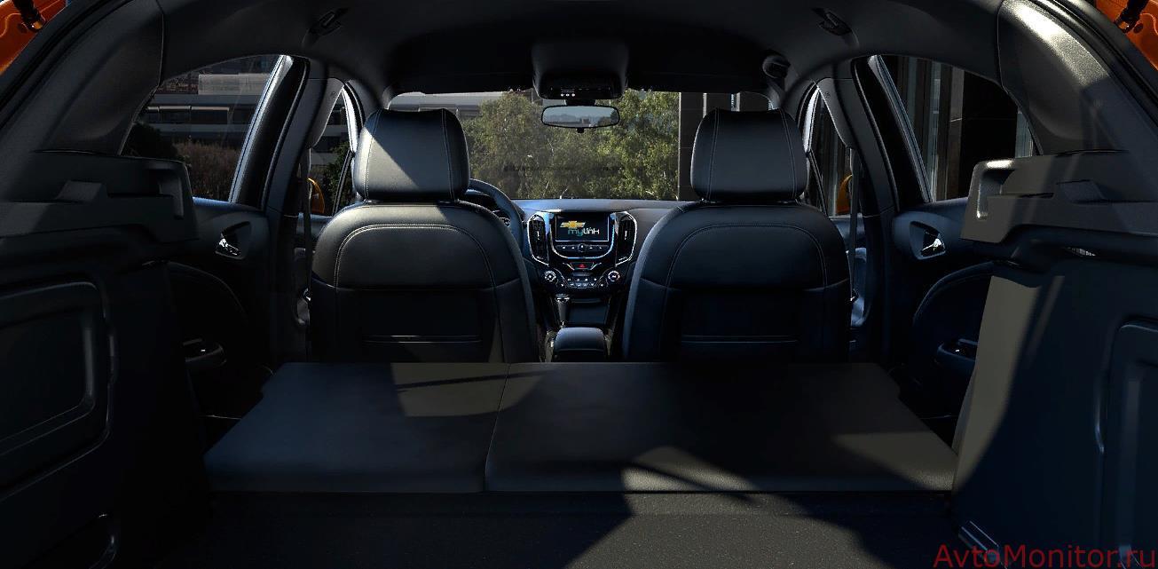 Багажник с разложенными сиденьями модели 2016-2019